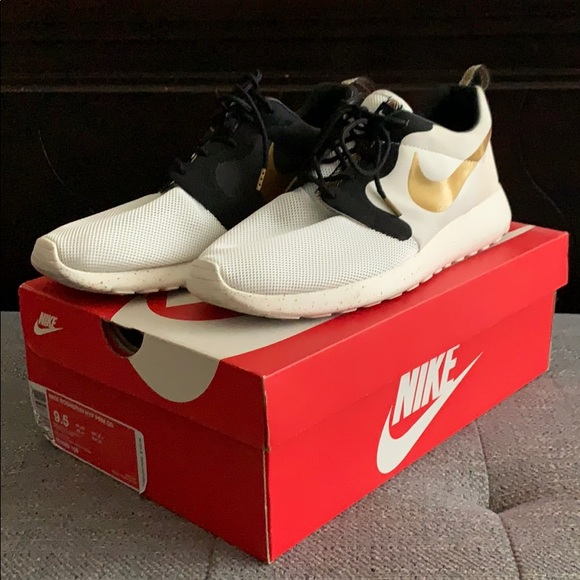 on wholesale offer discounts latest discount Nike Shoes | Rosherun Premium Qs Trophy | Poshmark